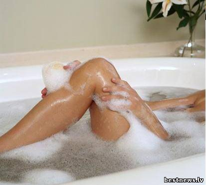женские ступни в ванной фото