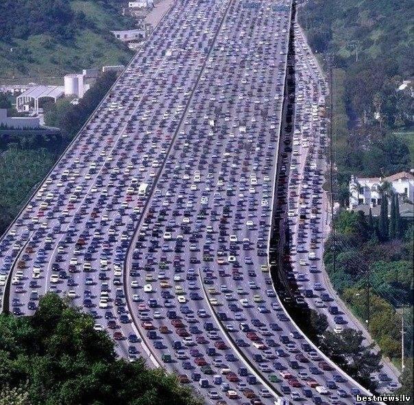 Посмотреть новость Самая длинная автомобильная пробка в мир...