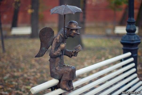 Посмотреть новость Скульптура ангела-старика