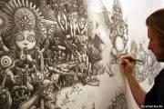 Эту картину Джо Фентон рисовал шариковой ручкой на протяжении 10 месяцев, работая ежедневно по 10 часов. <br /> Картину он назвал «Одиночество».